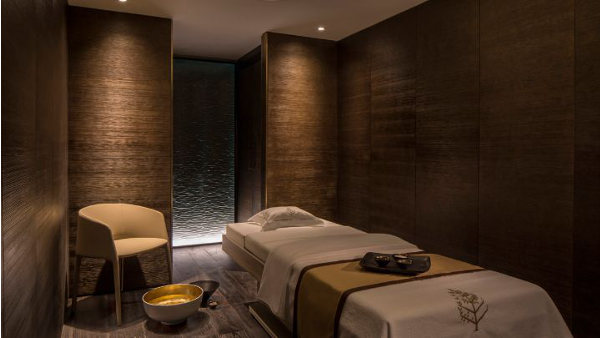 Four Seasons Hotels and Resorts spa